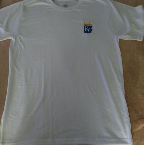 Kansas City Royals Embroidered T-shirt (L)
